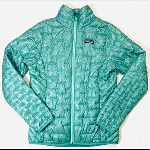 Patagonia Women's Teal Light Weight Quilted Puffer